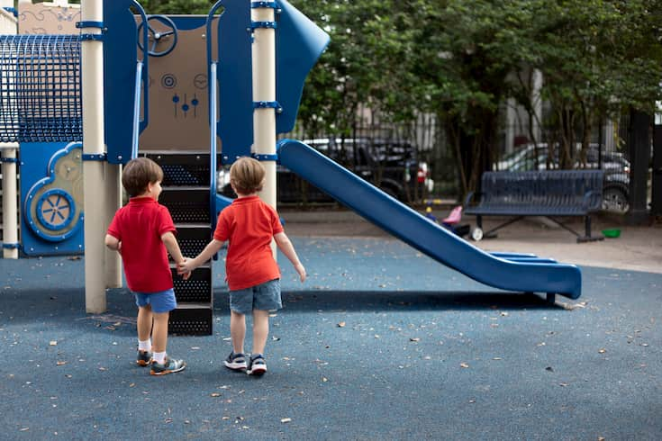 Teaching Kindness to Preschoolers: 4 Strategies for Parents